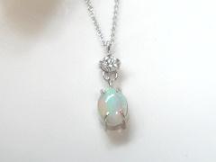 オパールとダイヤモンドのペンダントafter