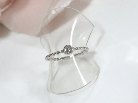 ダイヤモンドのより線細リングafter