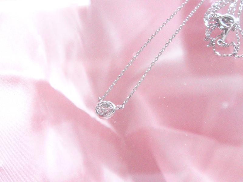 ダイヤモンドペンダント(ネックレス)
