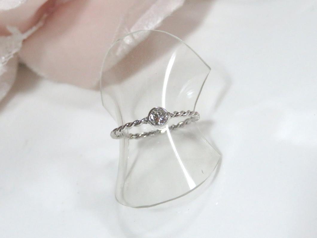 ダイヤモンドのより線細リング