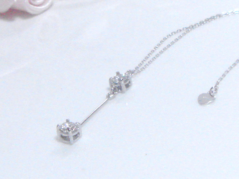 ダイヤモンド 2ストーンのペンダントafter