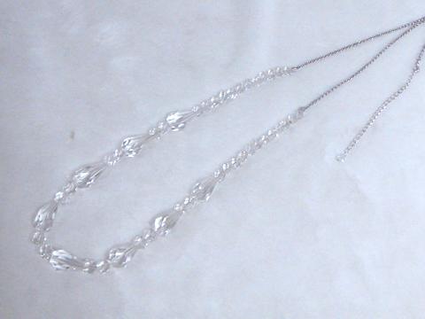水晶のロングネックレスafter