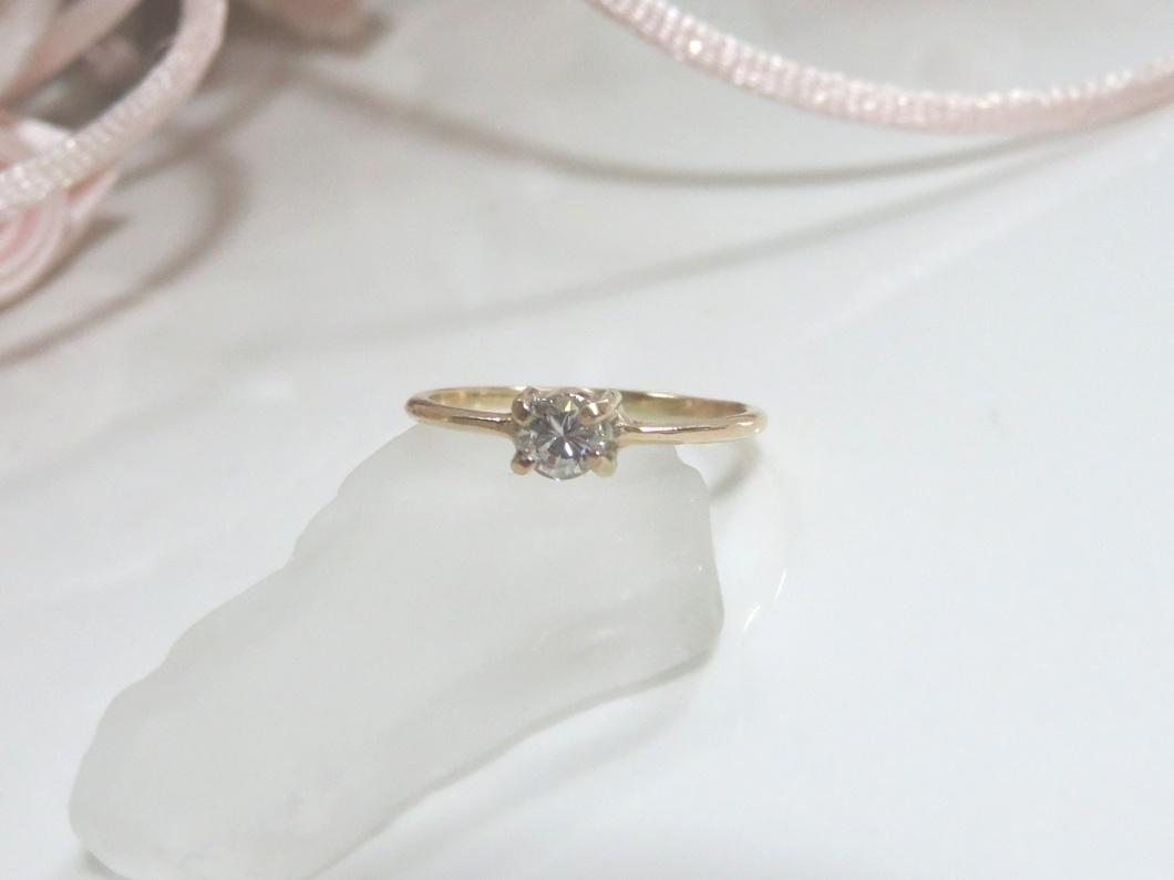 ダイヤモンド細リング