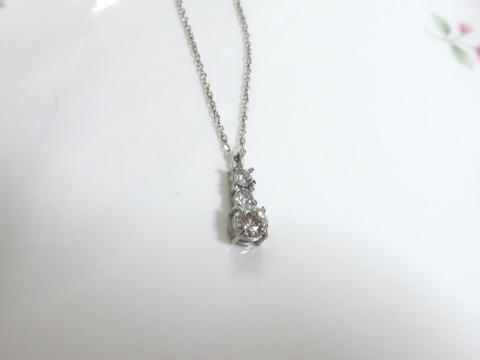 ダイヤモンド3ストーンペンダントafter