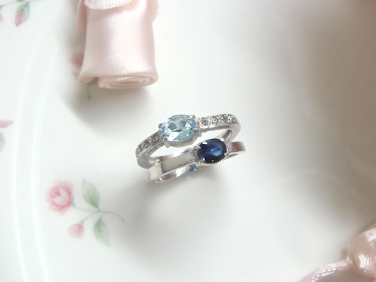 サファイアとアクアマリンの指輪