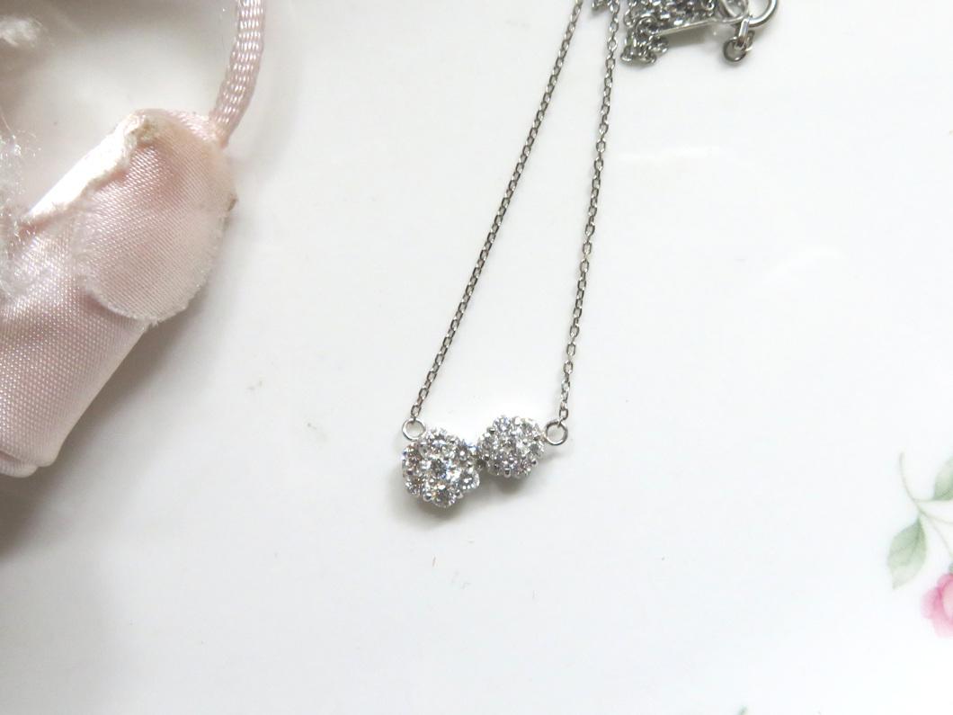 ダイヤモンドお花ペンダント