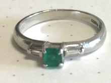 エメラルドの指輪before